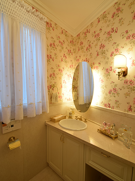 Powder Room - Floral
